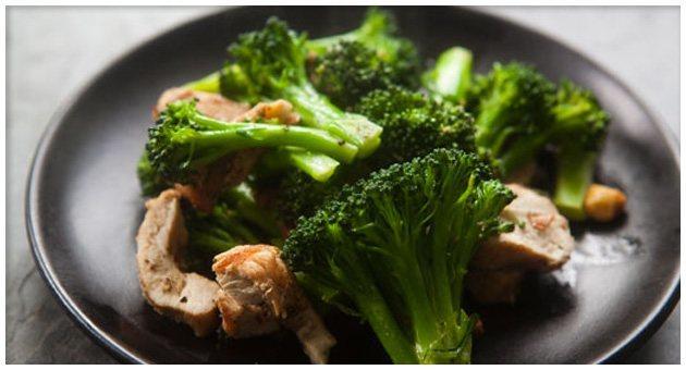 Huehnchen-mit-Brokkoli