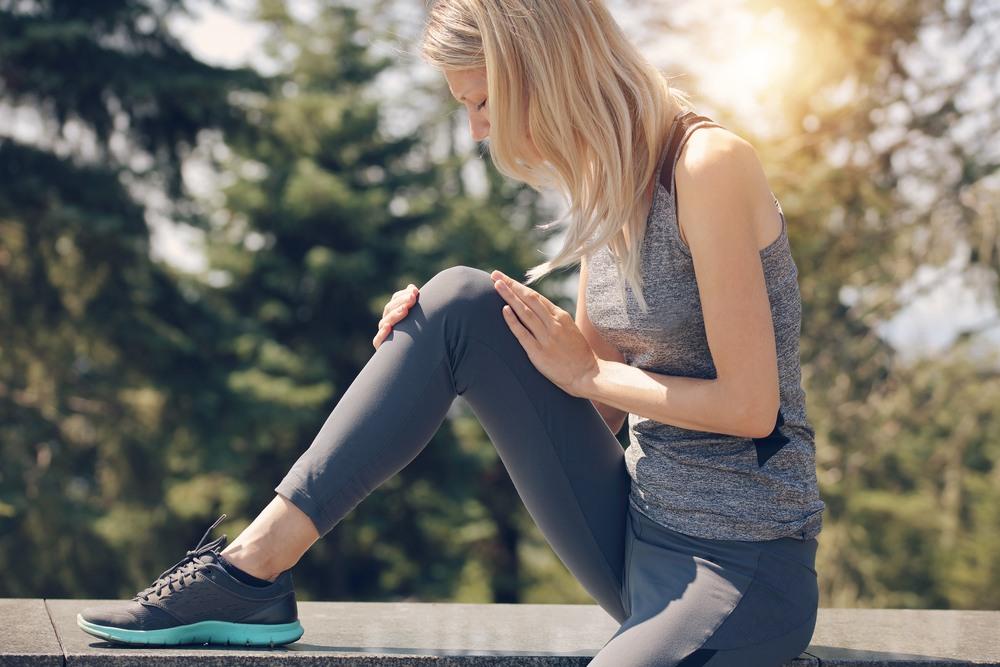 6 einfache Übungen, die gegen Knieschmerzen helfen